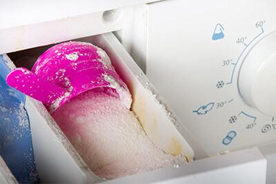 Wie lässt sich Schimmel in der Waschmittelschublade verhindern?